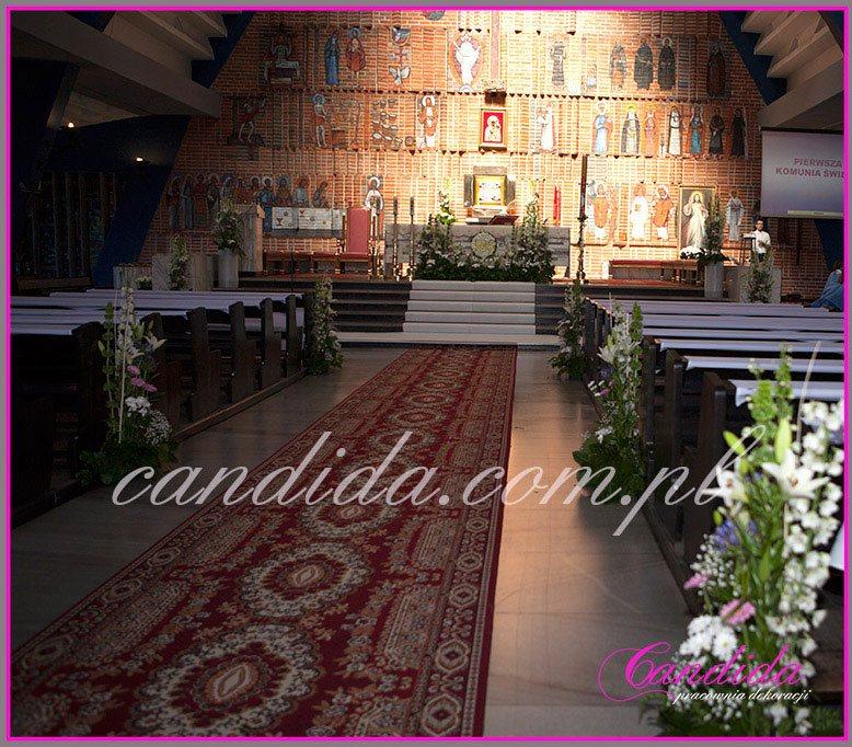 dekoracja komunijna kościoła 34