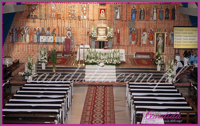 dekoracja komunijna kościoła 33