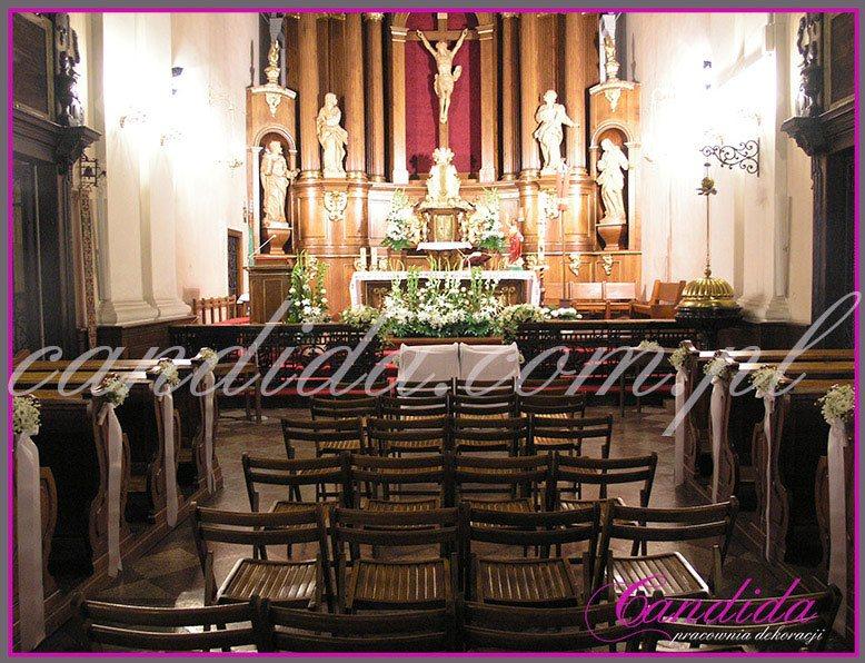 dekoracja komunijna kościoła 31