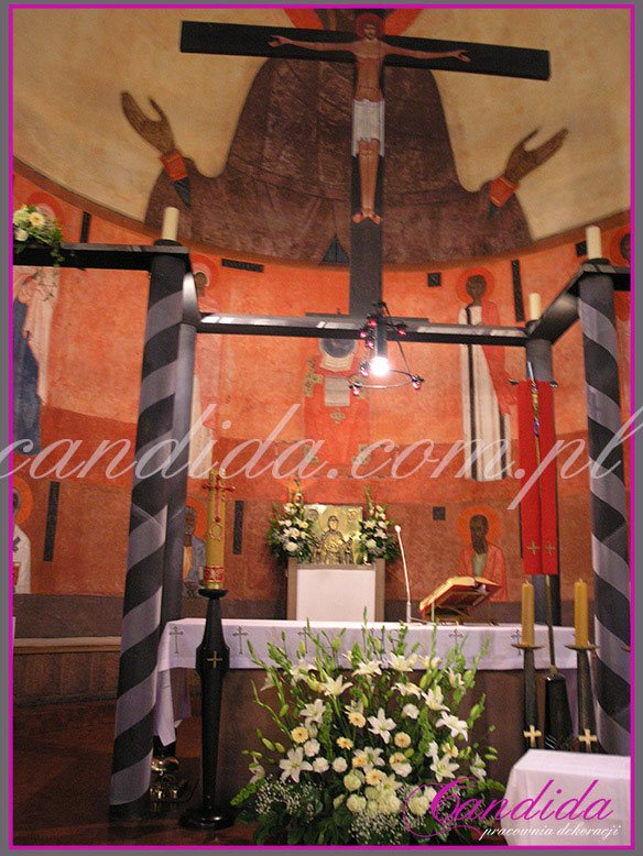 dekoracja komunijna kościoła 23