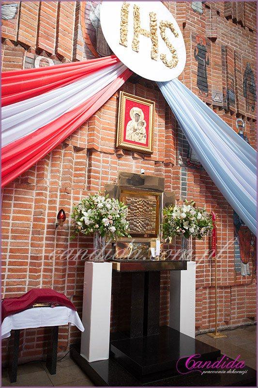 dekoracja kościoła na Komunie 51