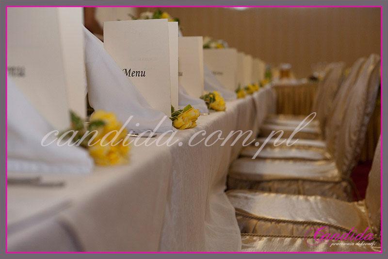 dekoracje stołów sal na przyjęcie komunijne 4