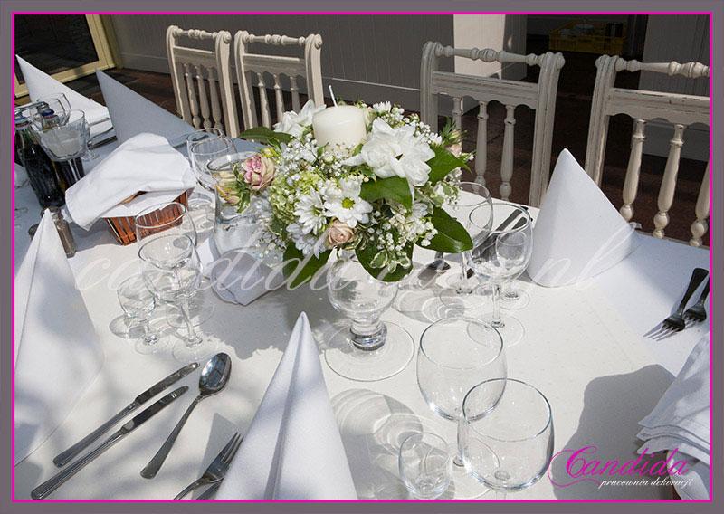 dekoracje stołów sal na przyjęcie komunijne 8