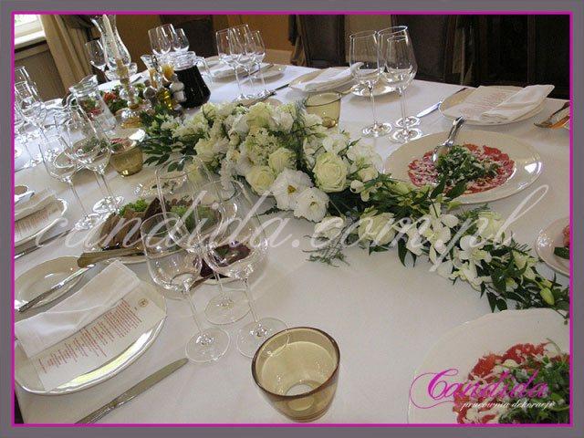 dekoracje stołów sal na przyjęcie komunijne 9
