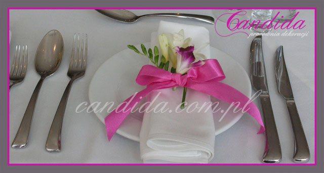 dekoracje stołów sal na przyjęcie komunijne 10