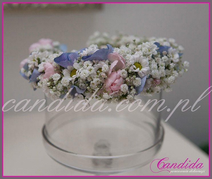 wianki komunijne z kwiatów 34, wianek komunijny z gipsówki, goździka, hortensji, tanacetum